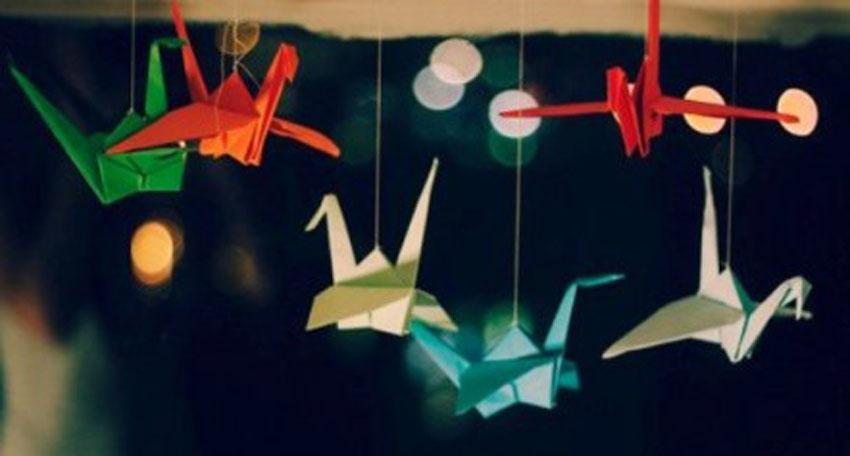 Câu chuyện về những con hạc giấy Câu chuyện về những con hạc giấy